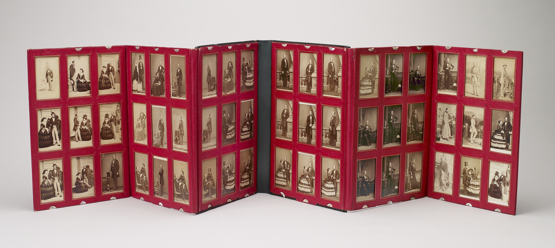 Folding portfolio containing portraits of Queen Victoria and Prince Albert