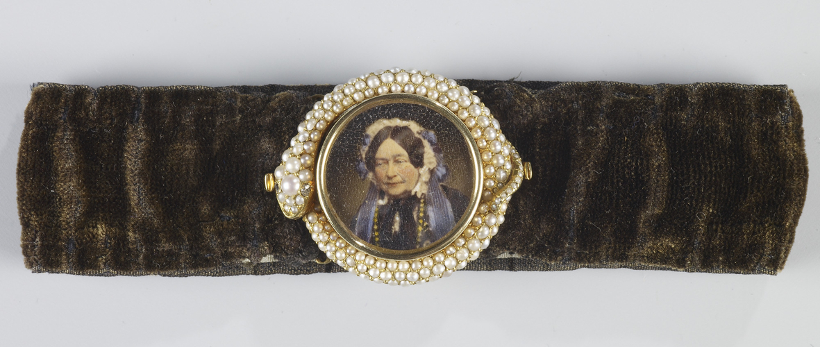 Bracelet with a miniature of Victoria, Duchess of Kent (1786-1861)