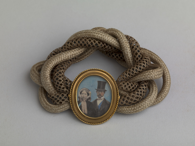 Hair bracelet with photograph