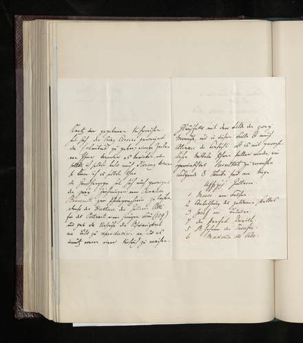 Letter from Joseph Kanne to Dr. Ernst Becker reporting that eight photographs by Alinari are on their way from Florence